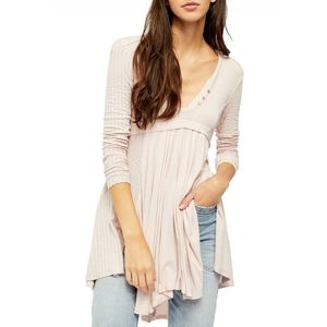 NEW Free People Birdie henley top in lilac